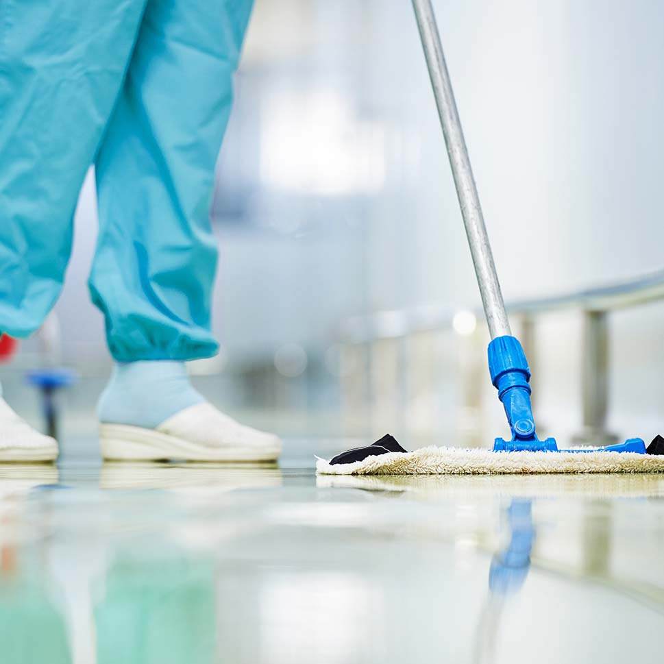 Hospitals & Laboratories Cleaning
